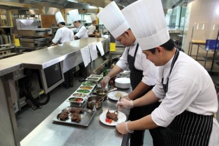 effects of hotel and restaurant management The best way to begin your career in hospitality management is with the right education because marketing plays such an important role in the industry, it is important to choose a program that provides a strong background of business and marketing courses the online bachelor of arts in hospitality.