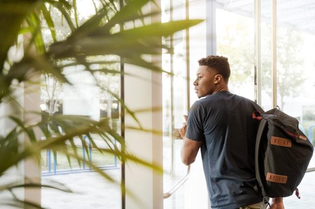 Paid vs. Unpaid Internship: What You Should Know before Applying Internship Program