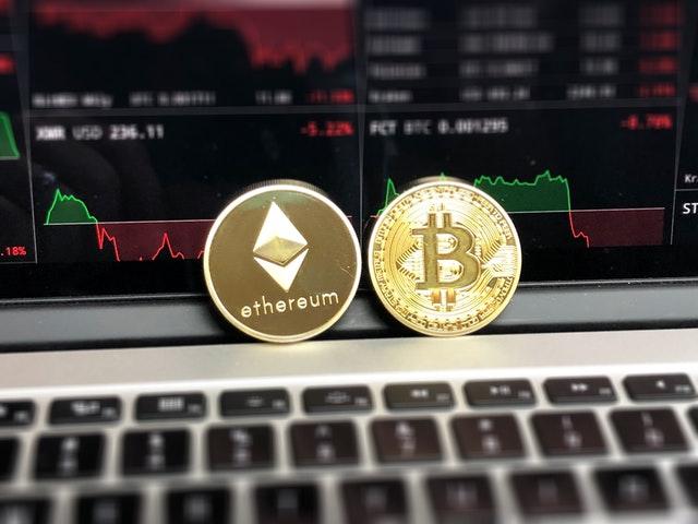 Blockchain Definition & Why HR Should Invest in Blockchain