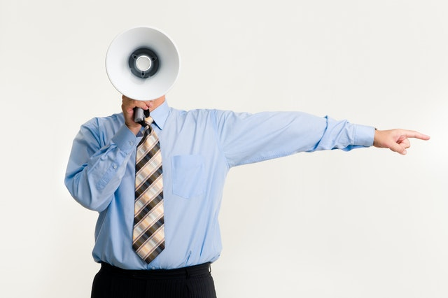 9 Phrases to Avoid When Having Crisis Communication with Stakeholders